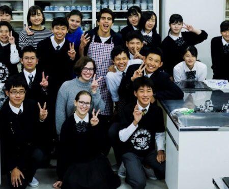 在阪留学生を招いてのシンポジウムを開催